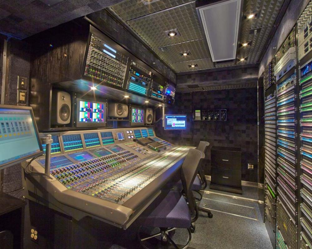 F&F Productions Entire Fleet Upgrades to Grass Valley Kayenne Production Centers